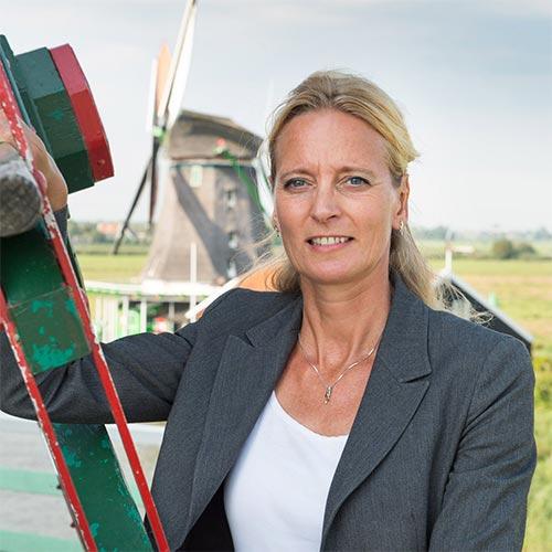 Nicole Bakker